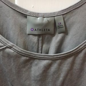 Athleta sleeveless shirt size 1X